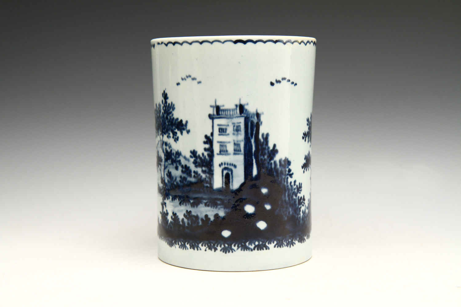1028 - A good quality John Pennington mug, c 1774