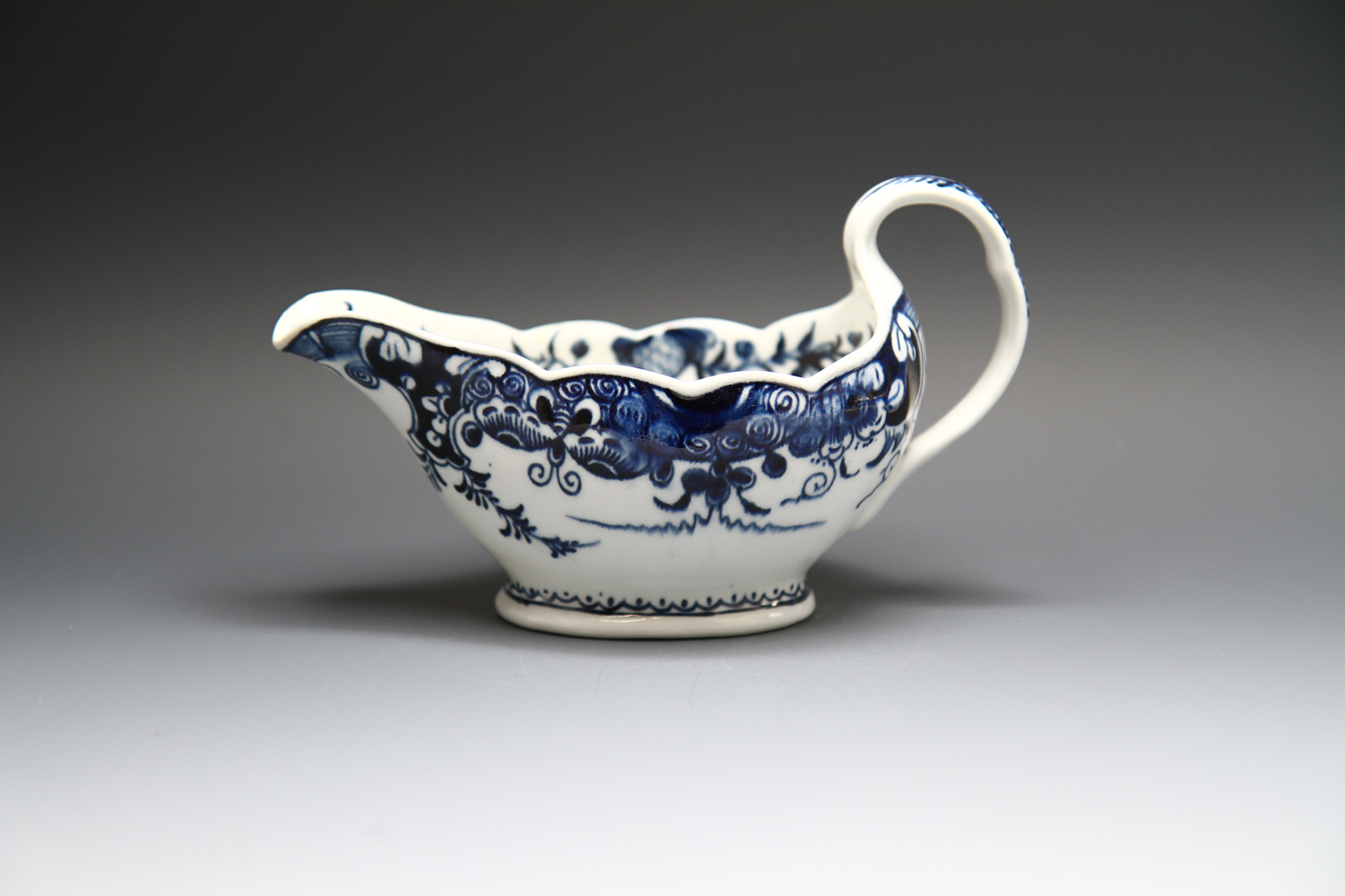 1099 - A small Derby sauceboat c 1765-70
