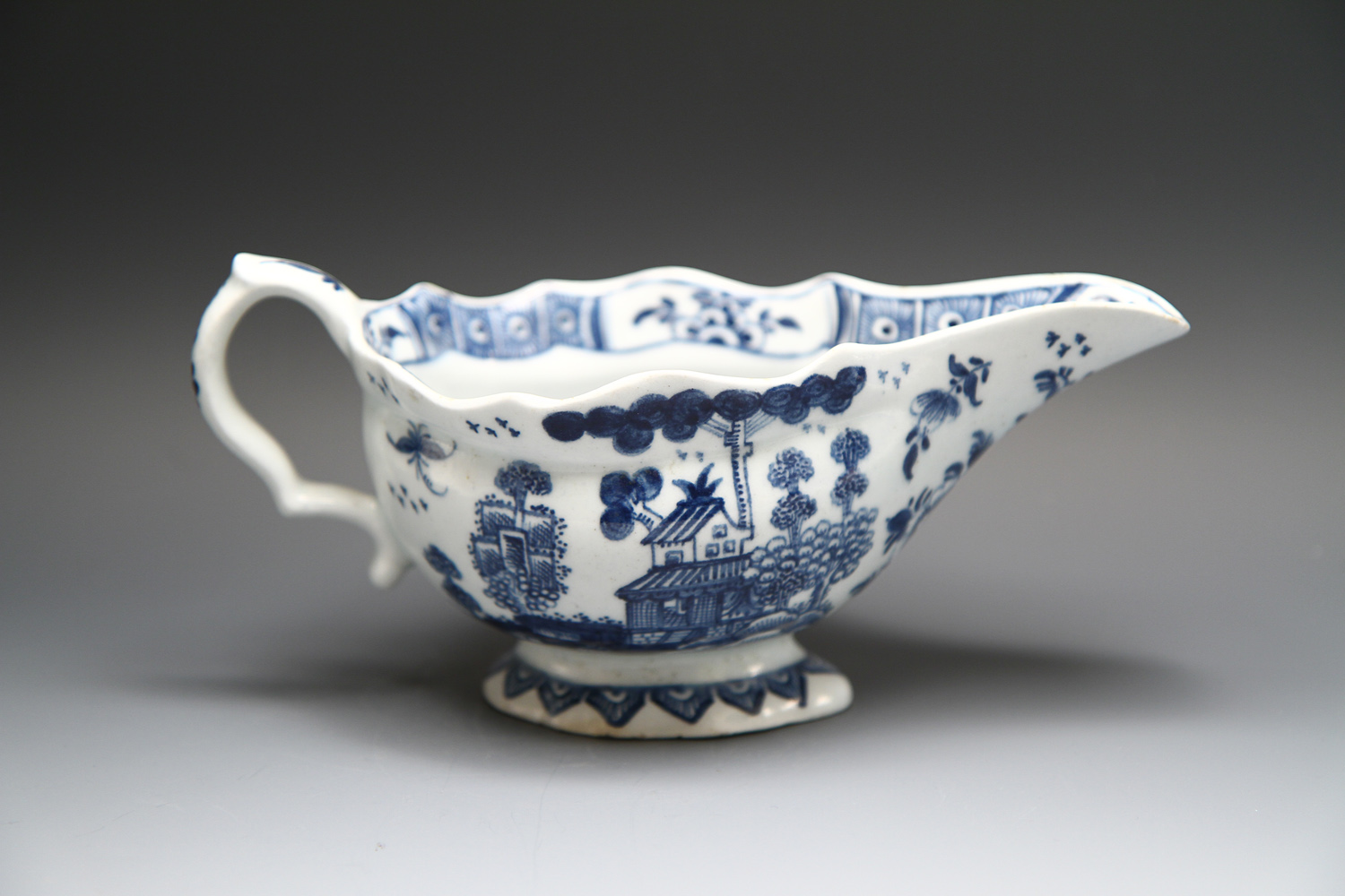 1101 - A good Bow sauceboat c 1762-5